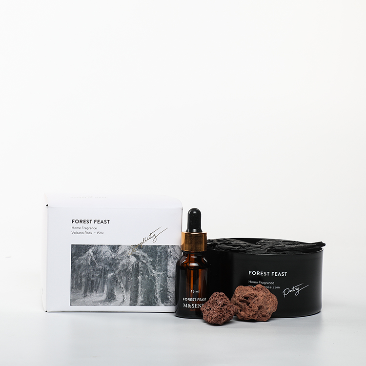 Sound of Wind Collection Forest Feast 15ml Essential Oil And 230g Scented Stone